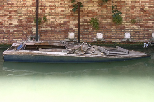 Barque usée