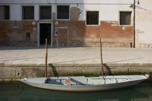 Barque grise nouvelle