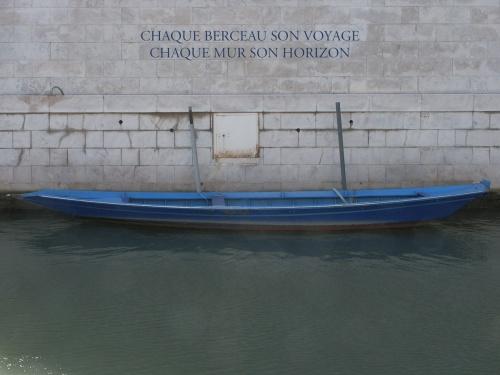 Barque Bleue, 2