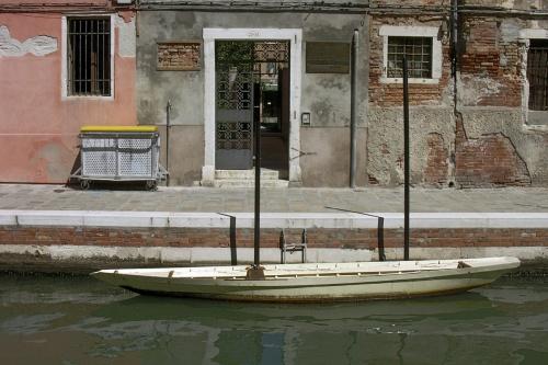 Barque blanche à Fermi